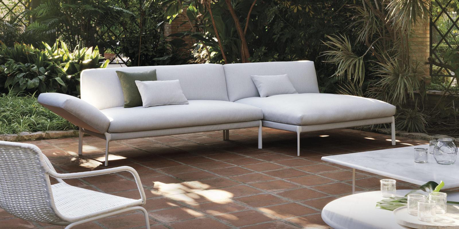 mobilier outdoor luxe jardin extrieur en photos stahl im garten fahrion und partner gartenbau. Black Bedroom Furniture Sets. Home Design Ideas
