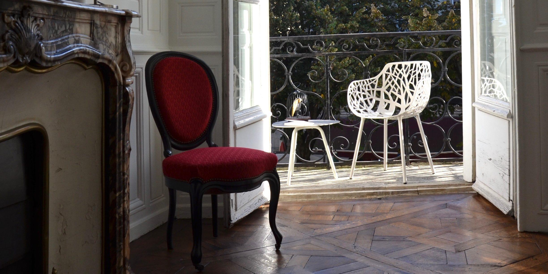 Agencement d 39 un balcon bordelais buxus mobilier outdoor for Agencement balcon