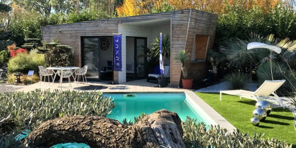 Agenda showroom archives buxus mobilier outdoor for Ab espace vert
