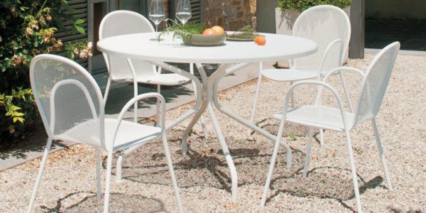 Table CAMBI - Fauteuils RONDA - EMU / BUXUS